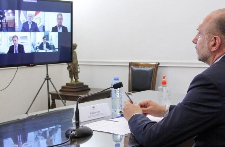 """Perotti destacó la actividad agropecuaria de la provincia y aseguró que es """"esencial"""""""