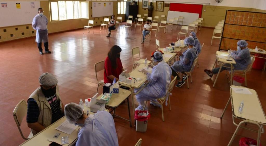 Covid-19: la Provincia pretende vacunar a 2,2 millones de cordobeses