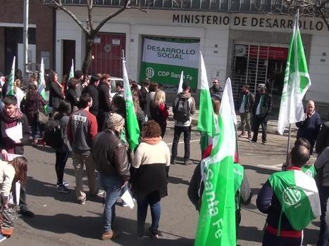 Realizarán este miércoles una jornada de Protesta y Caravana los trabajadores de Desarrollo Social