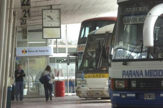 Aclaran que en la provincia todavía no se autorizó el uso del transporte de pasajeros de larga distancia