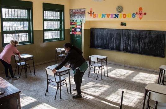 La provincia abonará la ayuda social compensatoria a docentes y asistentes escolares reemplazantes