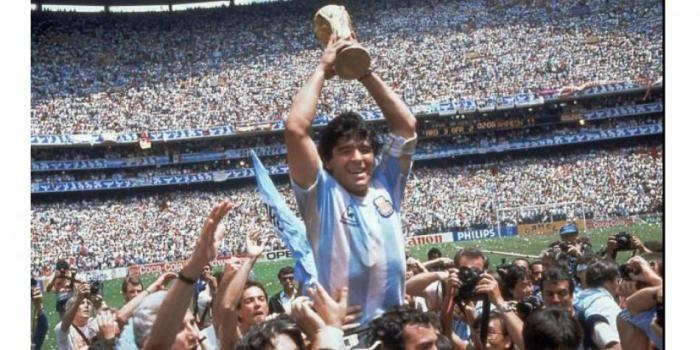 Conmoción mundial: falleció Diego Maradona en su casa tras sufrir un paro cardio respiratorio