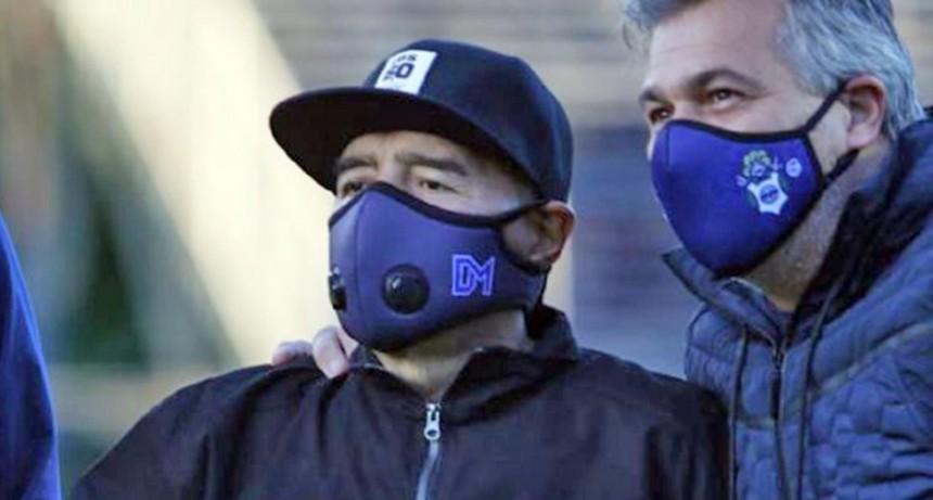"""El médico de Diego Maradona destacó que la recuperación es """"buenísima"""""""