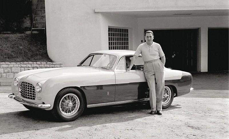 Subastarán la Ferrari de Perón