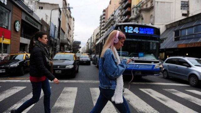 Los argentinos están al tope del ránking de uso de internet por medio del celular