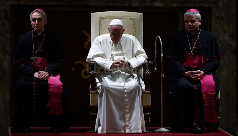 Crecen las internas vaticanas y las conspiraciones contra Francisco