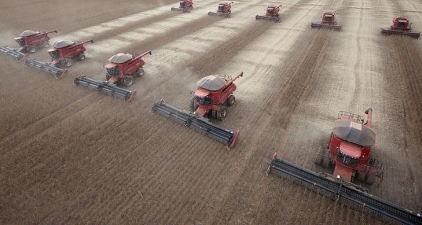 Según el nuevo informe de FADA, el Estado se queda con $60,5 de cada $100 de renta agrícola