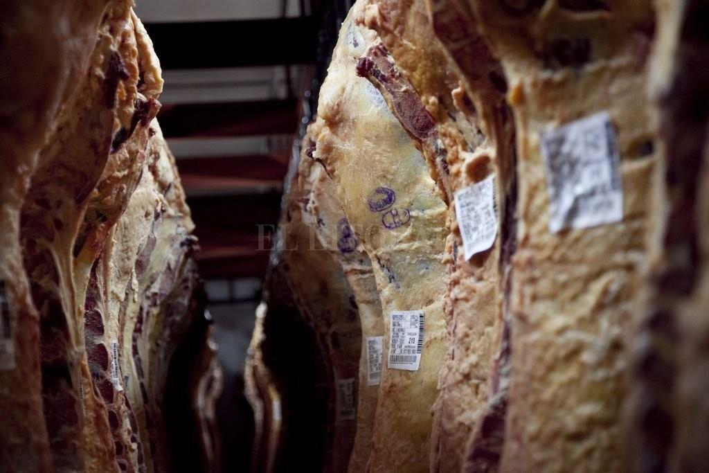 La faena de ganado bovino y porcino se ubicó en el mayor valor de los últimos 10 años