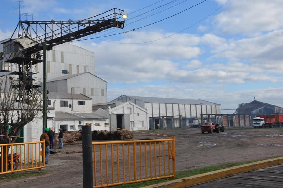 24 caliente: El gobernador vetó la expropiación del Ingenio azucarero y en Las Toscas salieron a la ruta.