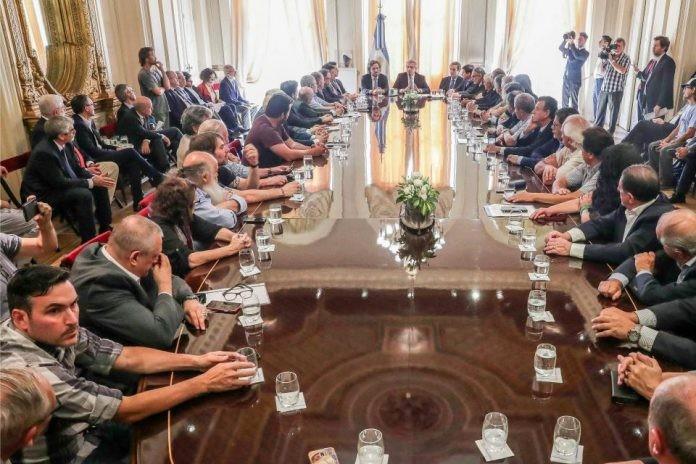 ¿Cuáles son los puntos más importantes del Pacto Social que firmó el Presidente?
