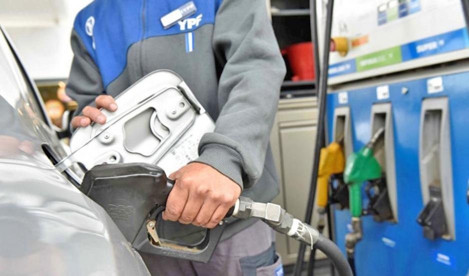 El año terminaría con un nuevo aumento en las naftas