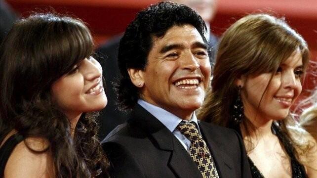 Maradona anuló el testamento a favor de Dalma y Gianinna por otro que divide su herencia