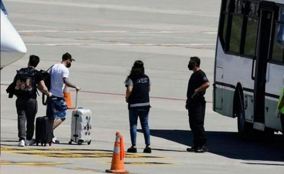 Lionel Messi llegó al país para pasar la Navidad en Rosario
