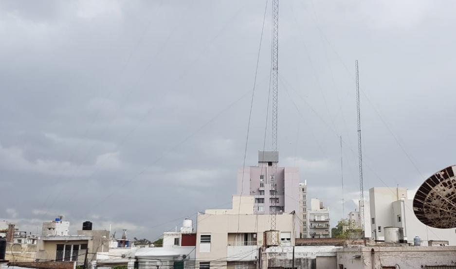 Video e imágenes | Fuerte temporal en el interior pasó por la capital santiagueña