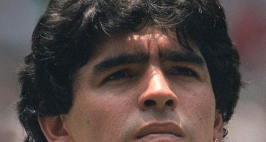 Maradona y Messi integran el mejor equipo de todos los tiempos según France Football