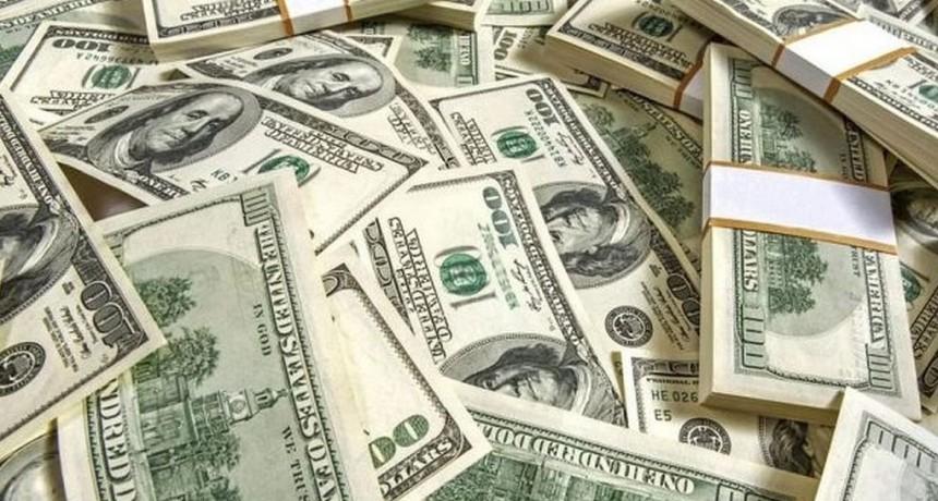 El dólar subió 14 centavos a $ 38,20