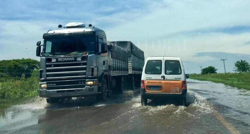 Interrumpen la circulación en un tramo de la Ruta Nacional N° 11
