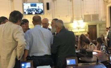 La Legislatura avaló el consenso fiscal que firmó Lifschitz con Macri aprobó el aval al consenso a cinco cpo 45 interlineado 45