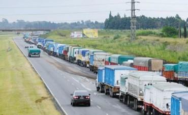 Acuerdan una suba del 12% para las tarifas del autotransporte de granos