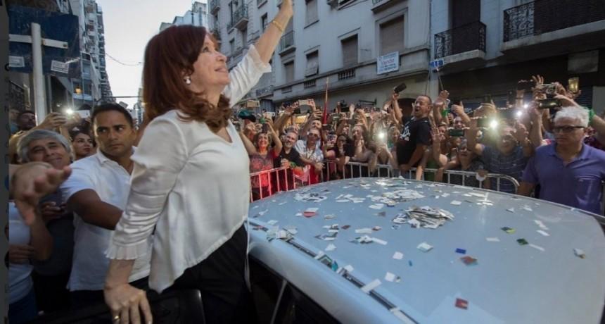 Los últimos números de Cristina Kirchner: por qué hoy todavía no le alcanzaría para ganar