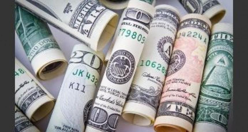 El BCRA volvió a subir la tasa y el dólar tuvo su tercera baja en fila