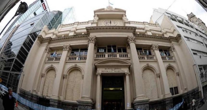 El Banco Central fijó el techo del dólar a $ 51,45 hasta fin de año