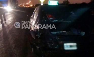Automovilistas heridos al embestir un toro en Colonia Dora
