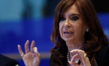 Procesaron a funcionarias por otorgar una doble pensión presidencial a Cristina