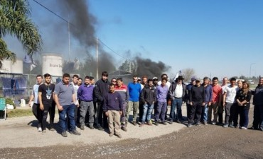 Cerró otra planta fabril en la región y despidió a 35 obreros