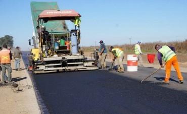 La provincia construye 200 kilómetros de nuevos pavimentos