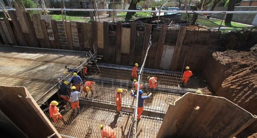 Desagüe Espora: notifican que se retoman los trabajos, pero hay dudas por despidos