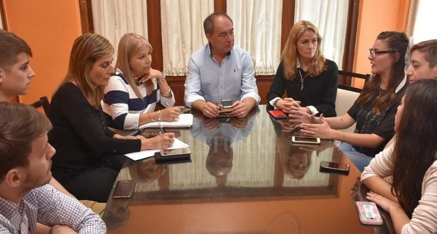 Pedirán audiencia a la Nación por deficiencias en el transporte público entre Santa Fe - Paraná