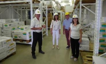La ministra de Salud visitó el Laboratorio Industrial Farmacéutico